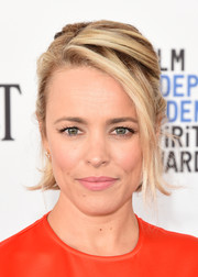 Rachel McAdams styled her hair into a messy-chic half-up 'do for the Film Independent Spirit Awards.