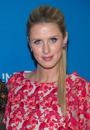 Nicky Hilton went for simple elegance with this sleek ponytail at the Foundation Fighting Blindness World Gala.