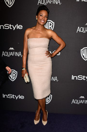 Aisha Tyler went the minimalist route in a strapless nude dress for her InStyle and Warner Bros. Golden Globes post-party look.