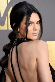 Kendall Jenner kept it fun and cute with this segmented ponytail at the MTV Movie Awards.