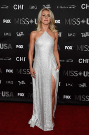 Julianne Hough looked celestial in a high-slit silver halter gown by Kaufmanfranco during the 2016 Miss USA competition.