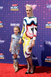 Gwen Stefani made an appearance at the Radio Disney Music Awards wearing a painterly sequin dress by Olympia Le Tan.
