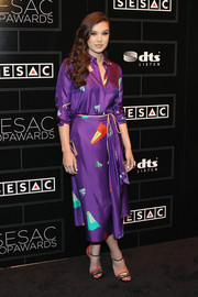 Hailee Steinfeld looked effortlessly chic at the SESAC Pop Music Awards in a purple Vionnet shirtdress printed with musical instruments.