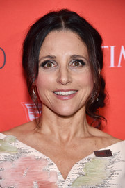Julia Louis-Dreyfus kept it classic with this loose side chignon at the Time 100 Gala.