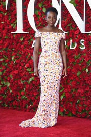 Lupita Nyong'o looked breathtaking in a color-speckled off-the-shoulder gown by Boss at the 2016 Tony Awards.