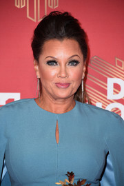 Vanessa Williams looked stylish wearing this teased ponytail during VH1's Divas Holiday: Unsilent Night.
