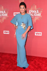 Vanessa Williams cut a regal figure in a caped blue column dress by Pamella Roland during VH1's Divas Holiday: Unsilent Night.