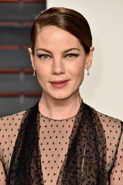 Michelle Monaghan went for an edgy beauty look with a smoky eye.