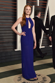 Sophie Turner stayed on trend in a royal-blue cutout gown by Galvan at the Vanity Fair Oscar party.