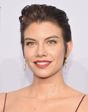 Lauren Cohan opted for an edgy-glam fauxhawk when she attended the 2016 amfAR New York Gala.