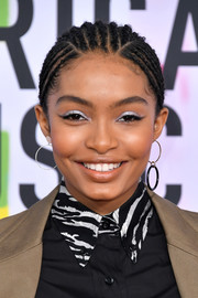 Yara Shahidi teamed her 'do with silver eyeshadow for a totally eye-catching look.