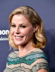Julie Bowen opted for a classic and cute bob when she attended the 2017 Baby2Baby Gala.