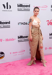 Halsey was a little more covered up on the bottom half in a beige maxi skirt by Juun.J.