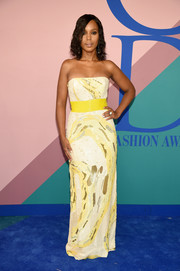 Kerry Washington opted for a swirl-patterned strapless gown by Prabal Gurung when she attended the 2017 CFDA Fashion Awards.