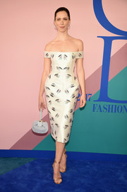 Rebecca Hall showcased her graceful shoulders and long neck in this elegant Gabriela Hearst dress at the 2017 CFDA Fashion Awards.