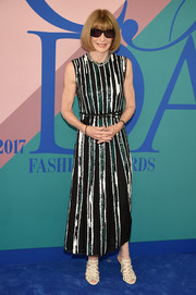 Anna Wintour looked effortlessly stylish in a sequin-striped dress by Proenza Schouler at the 2017 CFDA Fashion Awards.