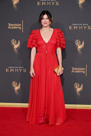 Kathryn Hahn charmed in a vintage Valentino Haute Couture ruffle-sleeve gown at the 2017 Creative Arts Emmy Awards.