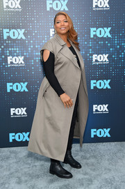 Queen Latifah arrived for the 2017 Fox Upfront looking tough in a taupe cap-sleeve duster.