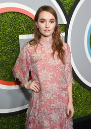 Kaitlyn Dever paired a red mani with her pastel dress at the 2017 GQ Men of the Year party.