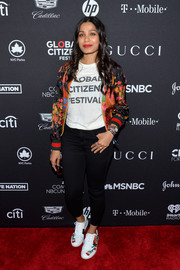 Freida Pinto teamed black skinny jeans with her Global Citizen Festival tee.
