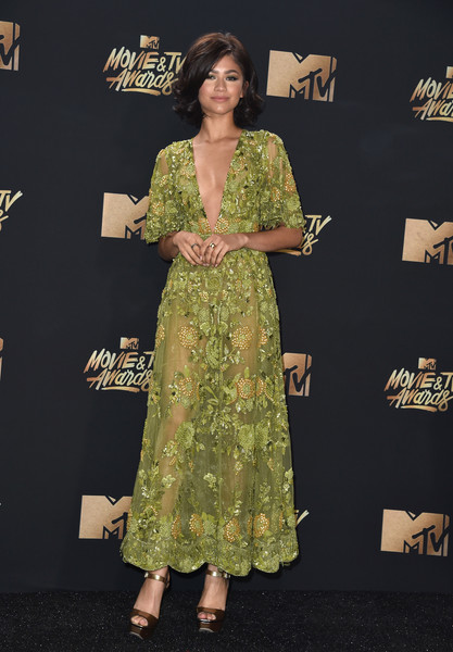 In Zuhair Murad Couture At The 2017 MTV Movie and TV Awards