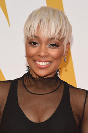 Monica worked a platinum-blonde pixie at the 2017 NBA Awards.