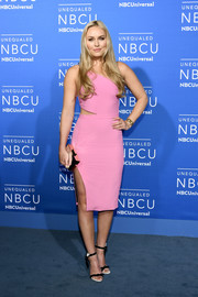 Lindsey Vonn was equal parts sweet and sexy in a fitted pink cutout dress at the 2017 NBCUniversal Upfront.