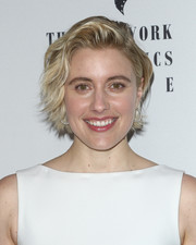 Greta Gerwig wore her hair in short, feathery waves at the New York Film Critics Awards.