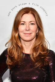 Dana Delany attended the 2017 New York Stage & Film Winter Gala wearing a loose hairstyle with flippy ends.