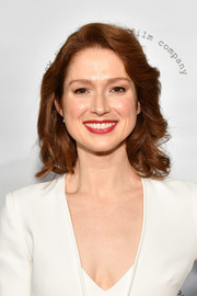 Ellie Kemper attended the 2017 New York Stage & Film Winter Gala wearing her hair in a cute curly bob.