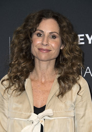 Minnie Driver wore her hair in voluminous curls at the 2017 PaleyLive LA Spring event.