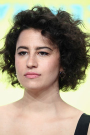 Ilana Glazer sported her signature mussed-up curls at the 2017 Summer TCA Tour.