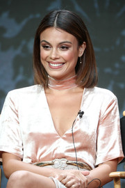 Nathalie Kelley sported a perfect lob at the 2017 Summer TCA Tour.