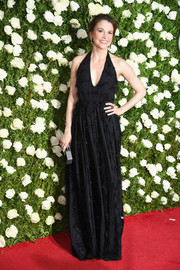 Sutton Foster looked alluring in an embellished black halter gown at the 2017 Tony Awards.