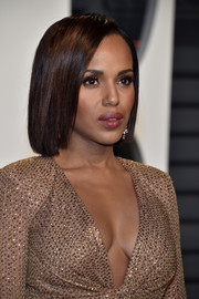Kerry Washington showed off a sleek, elegant bob at the Vanity Fair Oscar party.