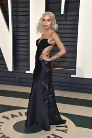 Zoe Kravitz brought major sex appeal to the Vanity Fair Oscar party with this slinky black cutout gown by Armani Privé.