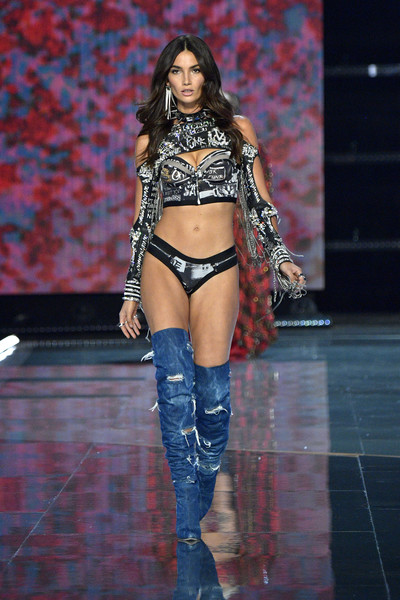 A pair of distressed denim boots completed Lily Aldridge's attire.