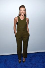Aubrey Plaza nailed cool-girl chic in an army-green crop-top by 3.1 Phillip Lim at the 2017 Winter TCA Tour.