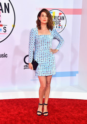 Cobie Smulders looked flirty in a ruched blue print dress by Vivetta at the 2018 American Music Awards.