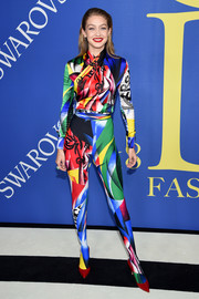 Gigi Hadid couldn't be missed in her graphic Versace top at the 2018 CFDA Fashion Awards.