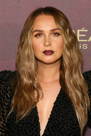 Camilla Luddington framed her face with this long wavy 'do for the 2018 Entertainment Weekly pre-Emmy party.