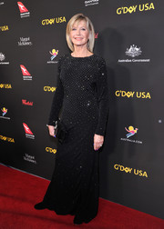 Olivia Newton-John brought some sparkle to the red carpet with this crystal-studded gown at the 2018 G'Day USA Black Tie Gala.