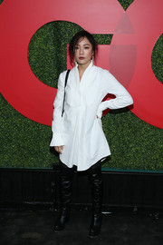 Constance Wu kept it relaxed in a white shirtdress at the 2018 GQ Men of the Year party.