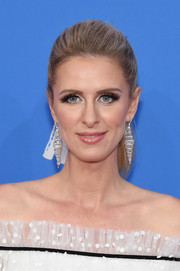 Nicky Hilton Rothschild flaunted a luxurious pair of diamond chandelier earrings by Jacob & Co.