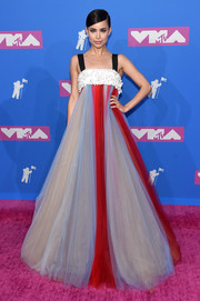 Sofia Carson looked regal in a Carolina Herrera color-block tulle gown with an embellished bustline at the 2018 MTV VMAs.
