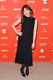 Kathryn Hahn paired her dress with studded black mules.