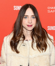 Zoe Kazan styled her hair with barely-there waves for the Sundance premiere of 'Wildlife.'