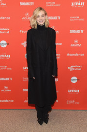Carey Mulligan kept it understated yet chic in a long black wool coat at the Sundance premiere of 'Wildlife.'