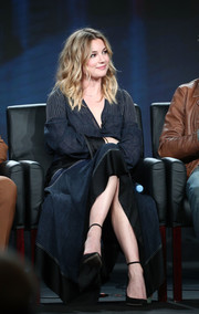 Emily VanCamp was casual-chic in a blue maxi dress with white trim and black satin panels at the 2018 Winter TCA Tour.