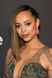 Amber Stevens West looked oh-so-cool with her half-braided 'do at the InStyle and Warner Bros. Golden Globes after-party.